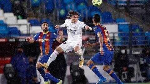 El Clasico'da kazanan Real Madrid oldu!