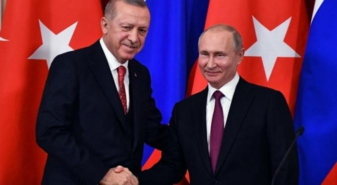 Putin, Montrö sözleşmesinin korunmasının önemine dikkat çekti.