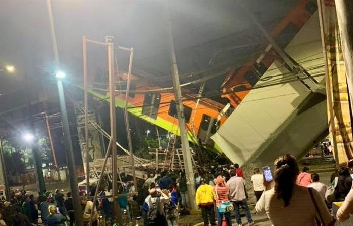Mexico City metrosundaki bir üst geçidin çökmesi sonucu aralarında çocukların da bulunduğu en az 20 kişi öldü!