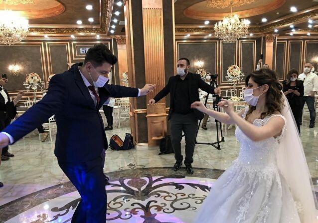 Düğünlerdeki kısıtlamalar kaldırıldı!