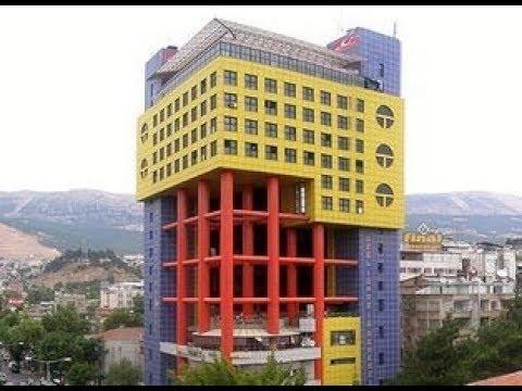 'Dünyanın en saçma binası' yıkılıyor!