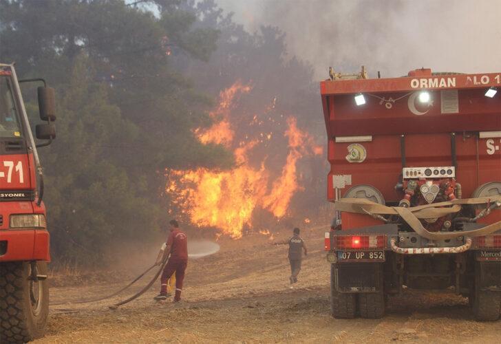 Manavgat'ta yangına müdahale eden iki işçi şehit oldu.