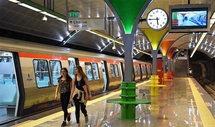 İstanbul'da metro sefer saatleri uzatıldı