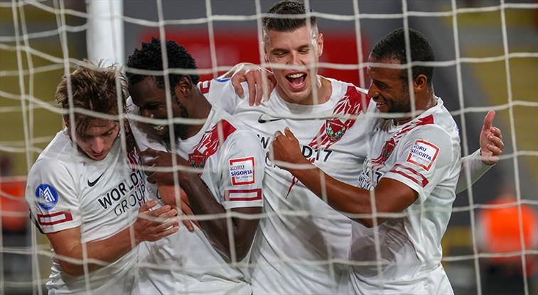 Atakaş Hatayspor deplasmanda kazandı. Göztepe: 0 Atakaş Hatayspor: 2